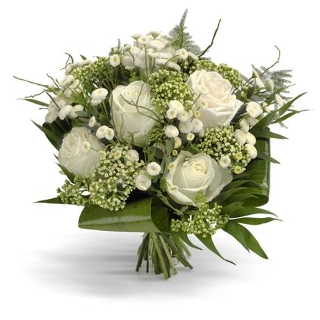 Μπουκέτο με 7 λευκά τριαντάφυλλα - Λευκή άνοιξη